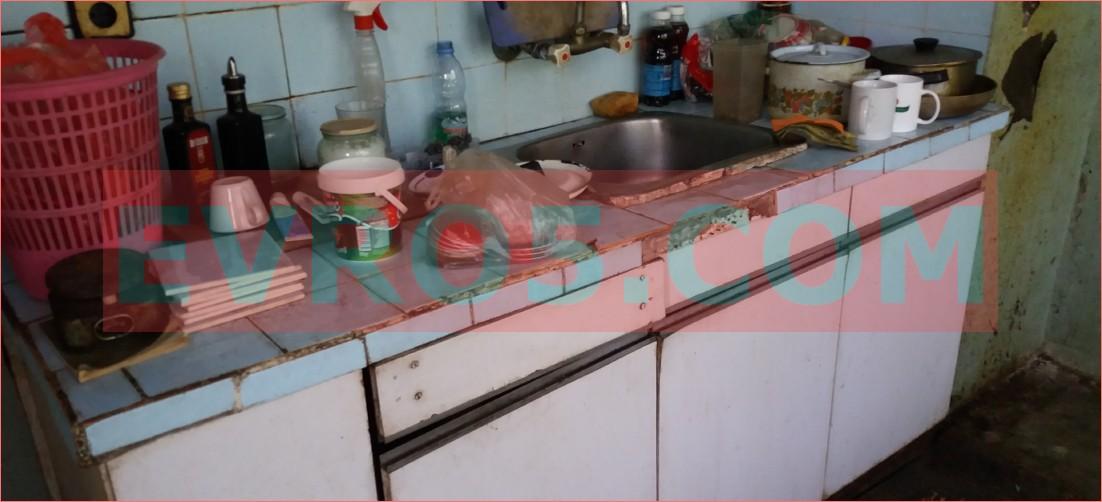 Стара кухня извозване
