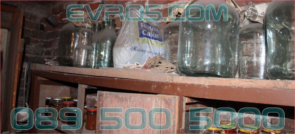 Извозване на боклуци от мазе